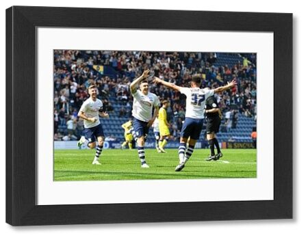 Football - The Football League Sky Bet Championship - Preston North End v Leeds United