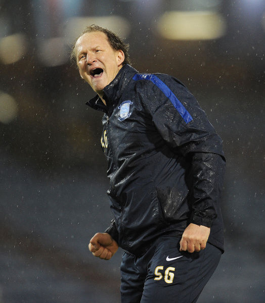 Football Soccer - Burnley v Preston North End - Sky Bet Football League Championship - Turf Moor - 5/12/15   Preston manager Simon Grayson celebrates at full time   Mandatory Credit: Action Images / Paul Burrows   Livepic   EDITORIAL USE ONLY