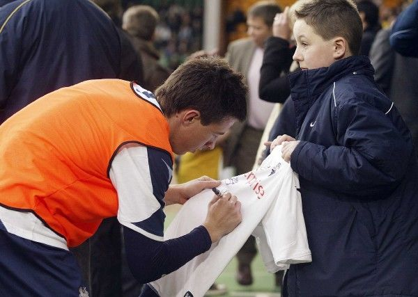 Football - Norwich City v Preston North End - Coca-Cola Football League Championship - Carrow Road - 08//09 - 8/11/08 Preston North End's Sean St Ledger signs autographs before the match Mandatory Credit: Action Images / Paul Redding